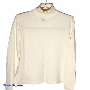 CLASSIQUES ENTIER white wool long sleeve sweater